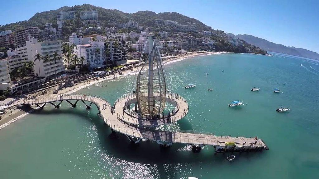 Playa Los Muertos Pier in Puerto Villarta